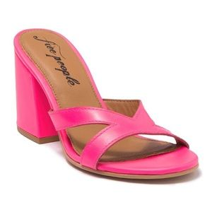 New Free People Charlie-V Sandal in Neon Pink